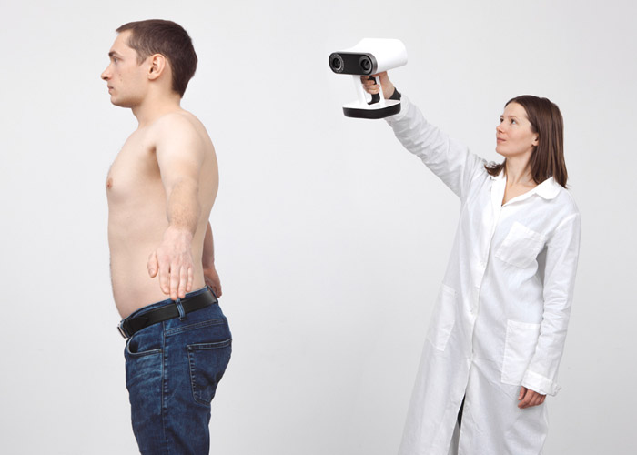Artec Leo body scanning